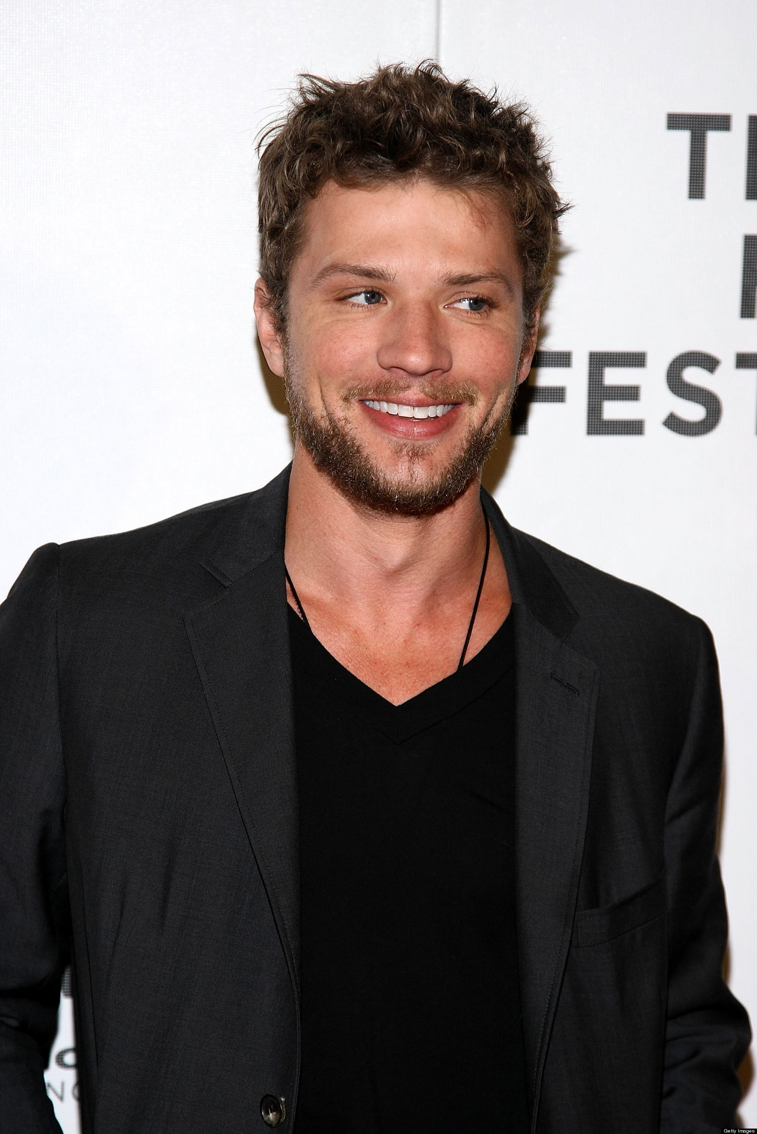 Ryan Phillippe Home Sold For A Loss At $6 Million (PHOTOS) Ryan Phillippe Politics