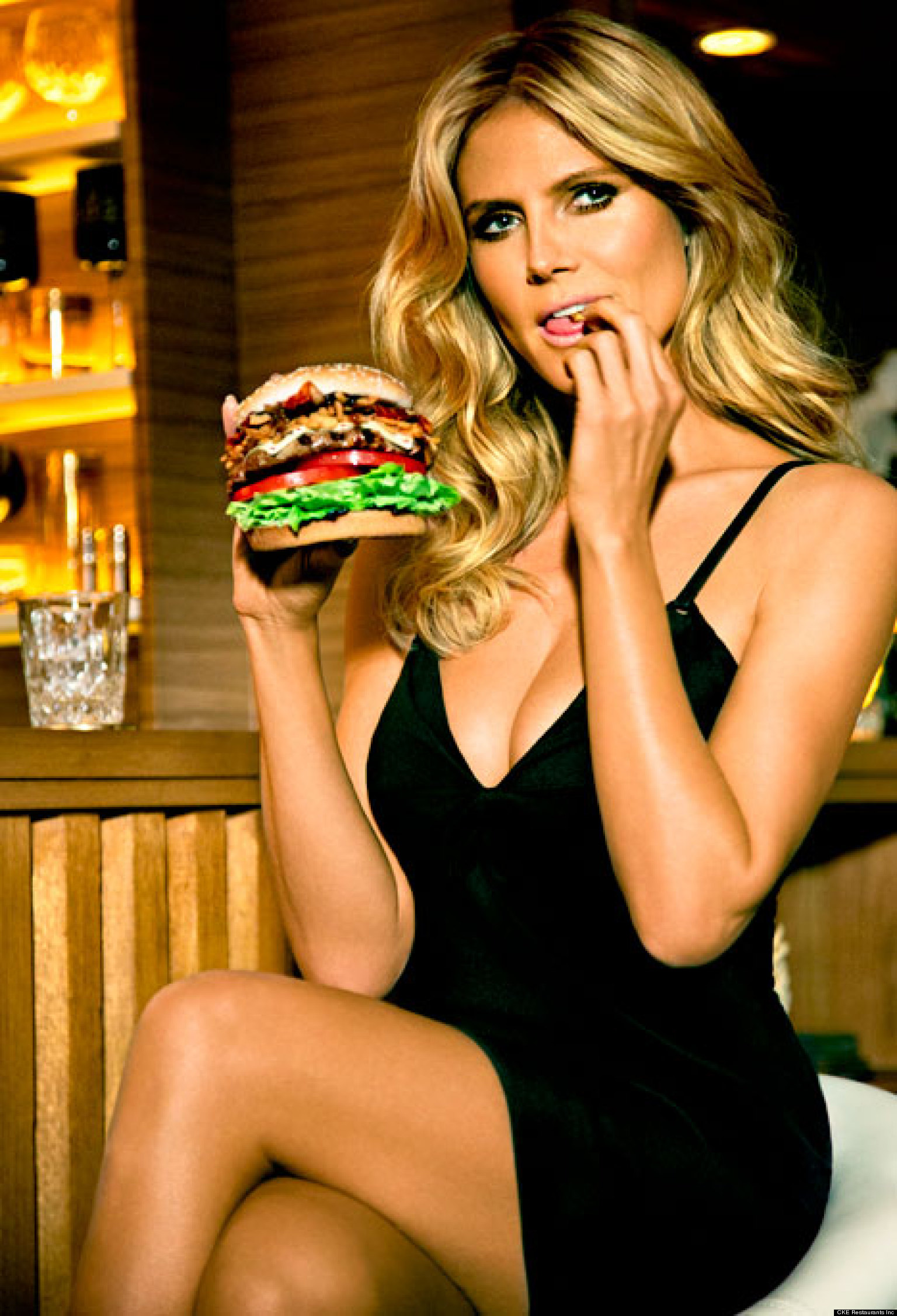 carl s jr commercial Genevieve morton's role in the carl's jr three-way fantasy is as hot as it sounds a big congrats goes out to genevieve for her roll in what might be the most provocative carl's jr/hardee's commercial yet.