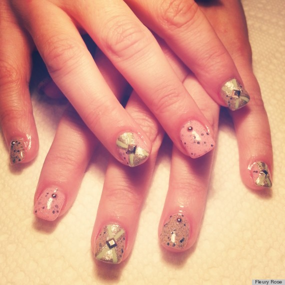 Easter Nail Art: Studded Robin\'s Egg Manicure (PHOTO) | HuffPost