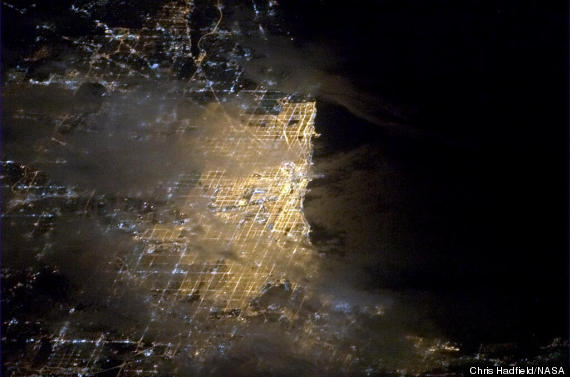 chicago photo from space chris hadfield