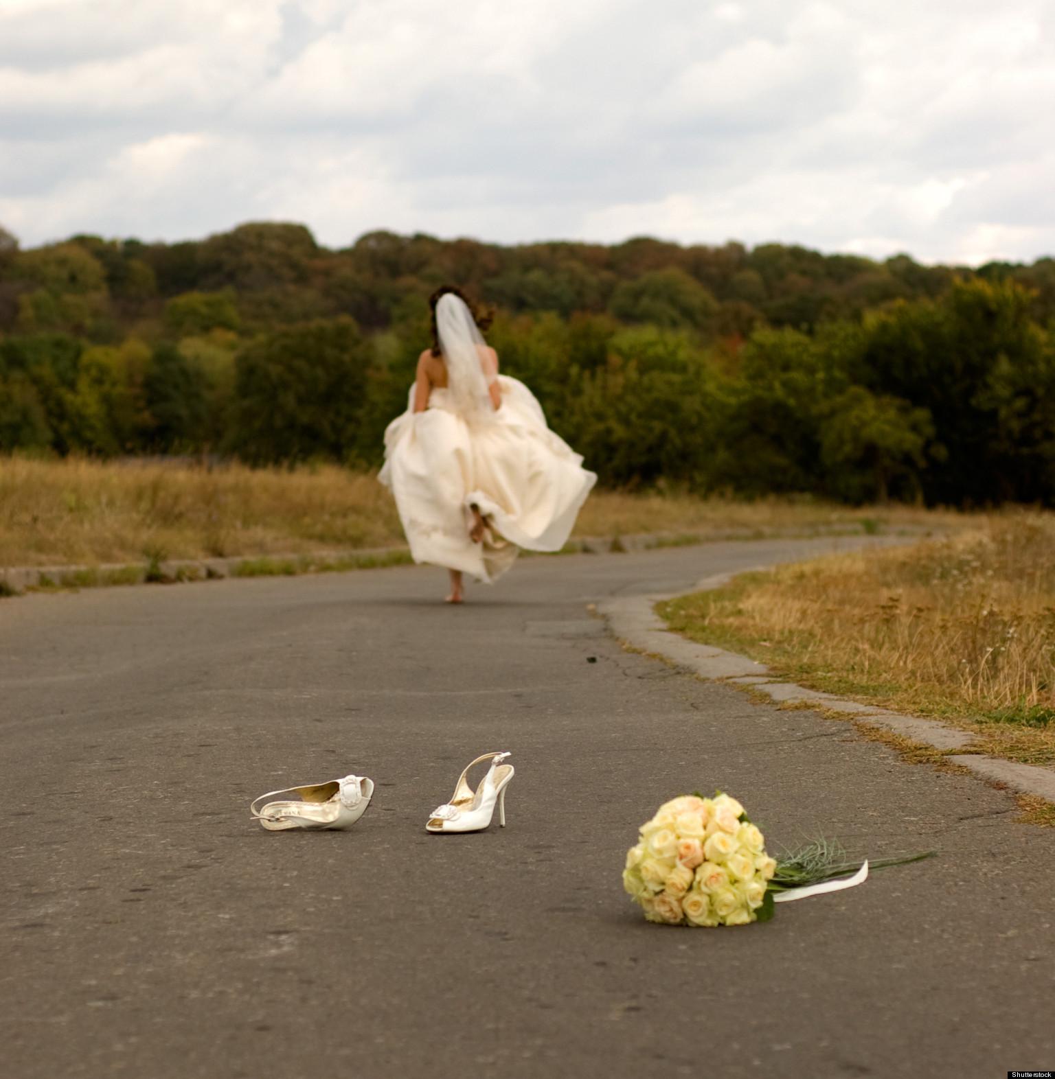 Фото невеста убегает с другим 6 фотография