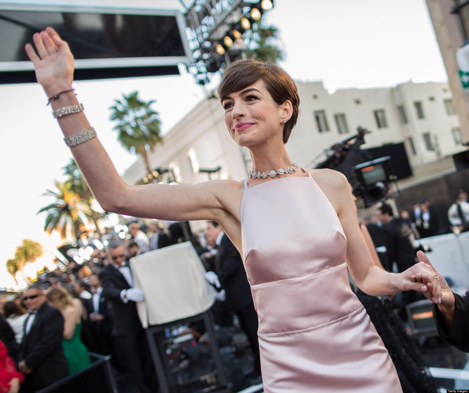 Anne Hathaway In 'Laggies' With Chloe Moretz; Oscar Winner
