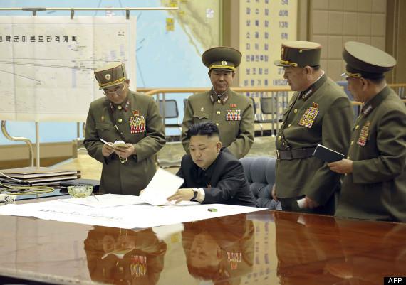 """Pyongyang menace d'une frappe nucléaire """"préventive"""" - Page 3 O-KCNA-570"""