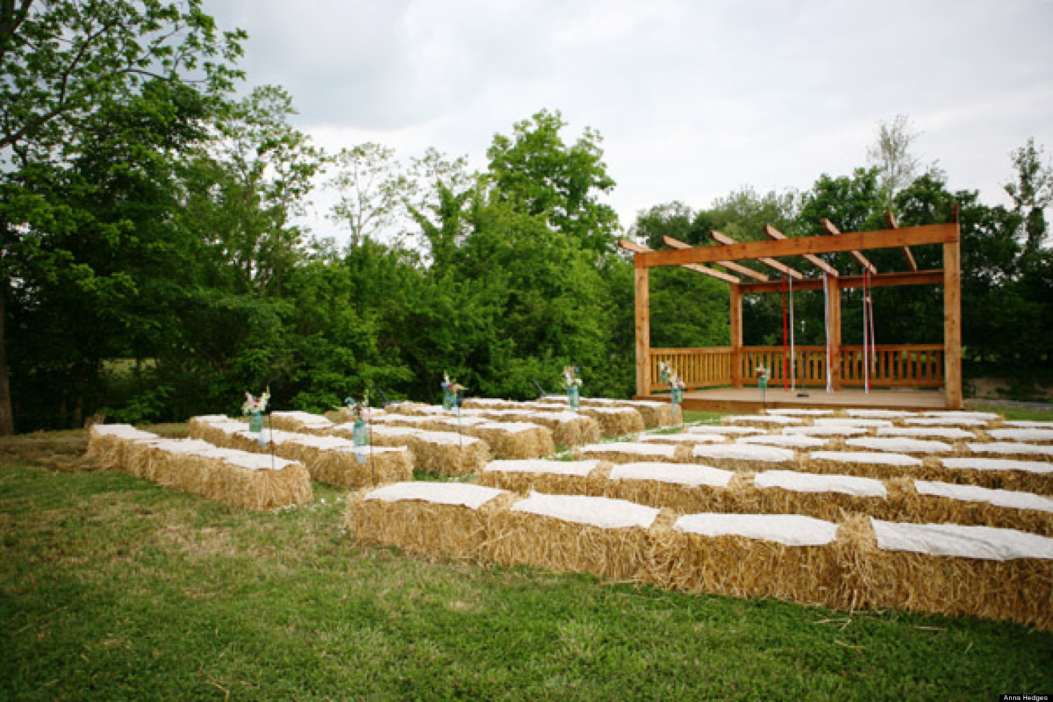 How To Plan A Casual Farm Wedding (PHOTOS)