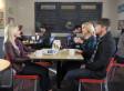 'Happy Endings' Ratings Down In Friday Night Debut
