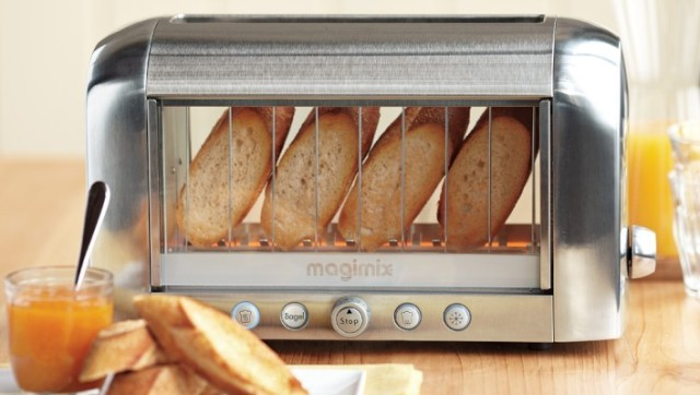 see through toaster the magimix by robot coupe vision. Black Bedroom Furniture Sets. Home Design Ideas