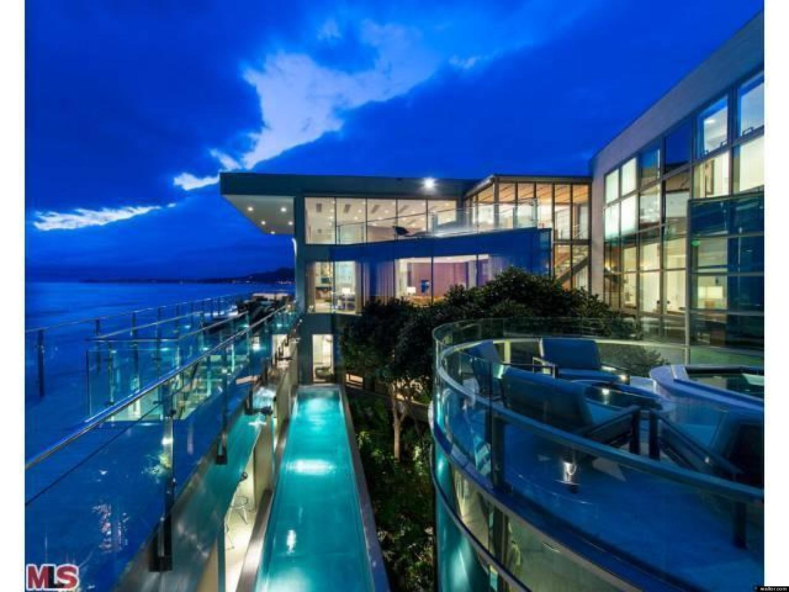 Malibu 39 s most expensive summer rentals huffpost for Malibu house rentals for weddings