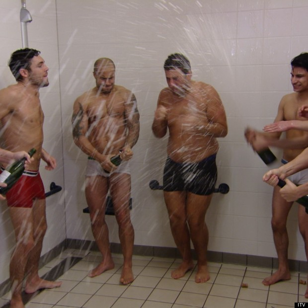 boys_shower_champagne1