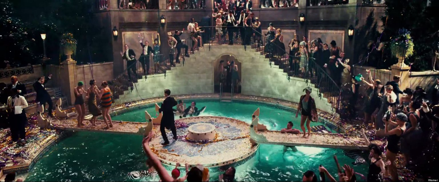 New 39 great gatsby 39 trailer features unseen footage green light beyonce florence for Jay gatsby fear of swimming pools