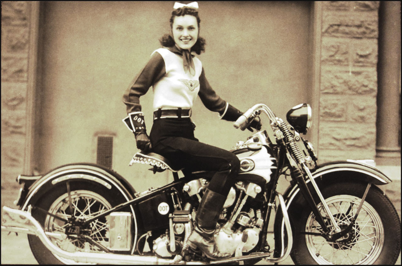 Dot smith vintage biker shows off her 1939 el for Smith motor company nj