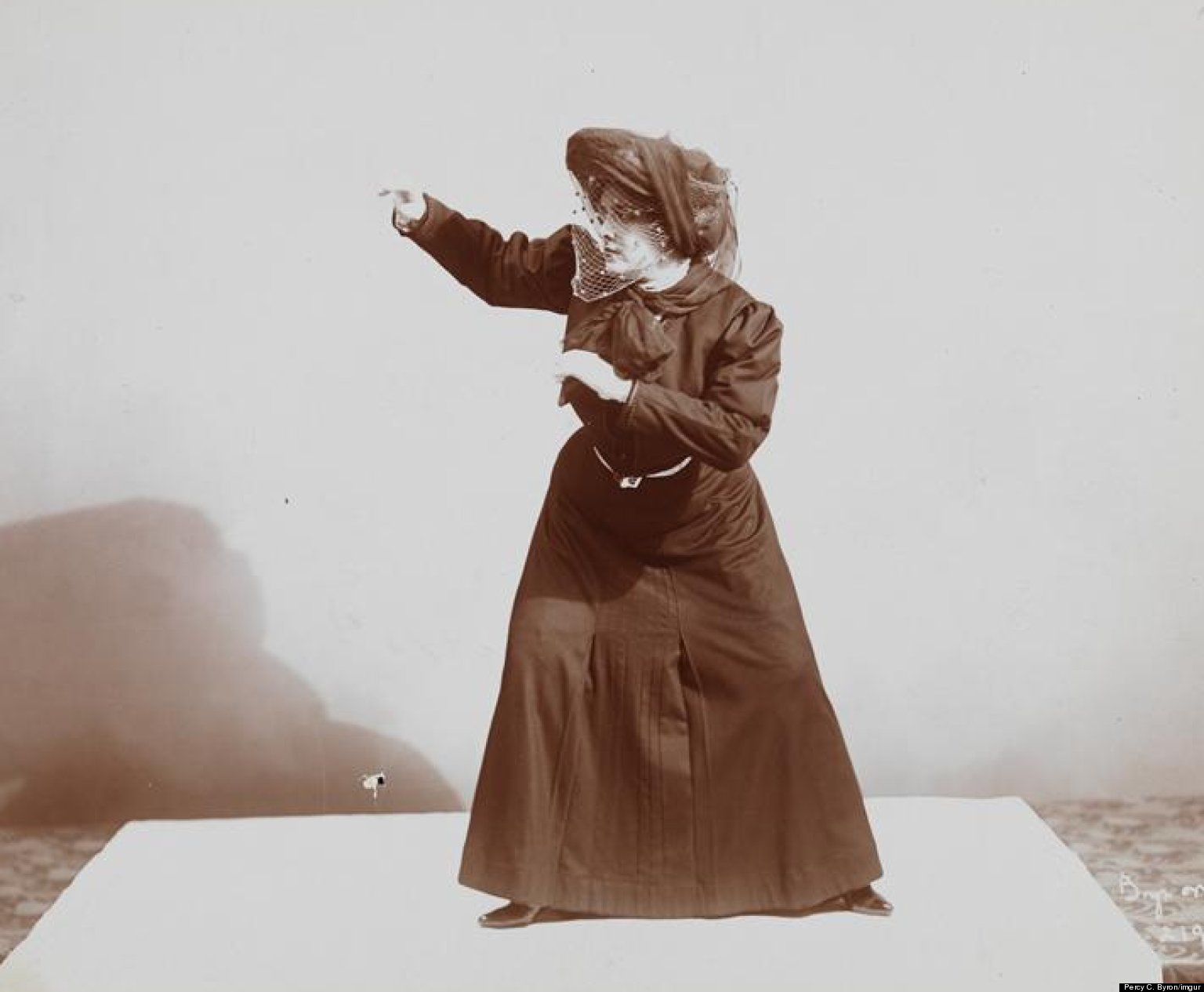 PHOTO: What Women's Self-Defense Looked Like In 1906