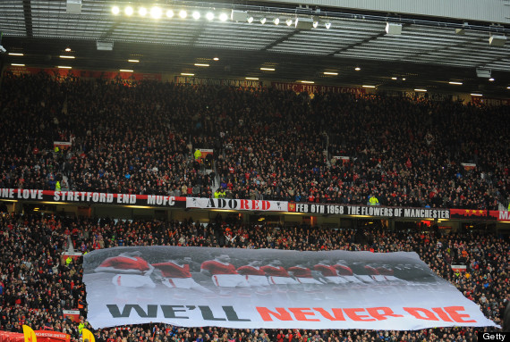 manchester united old trafford atmosphere