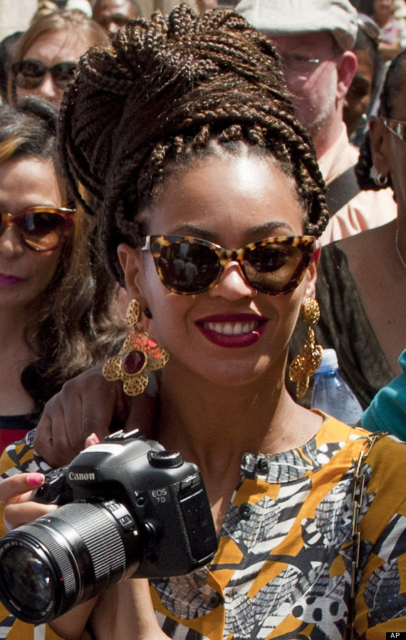Beyonce Rocks Braids And Bold Printed Outfits During Anniversary Trip