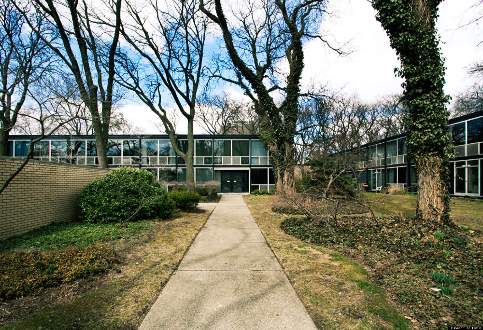 mies van der rohe house in detroit lafayette park co op designed by famed architect for sale
