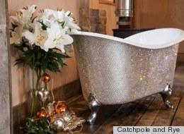 Bañera con cristales Swarovski, ¿imaginas cuánto cuesta? (FOTOS)