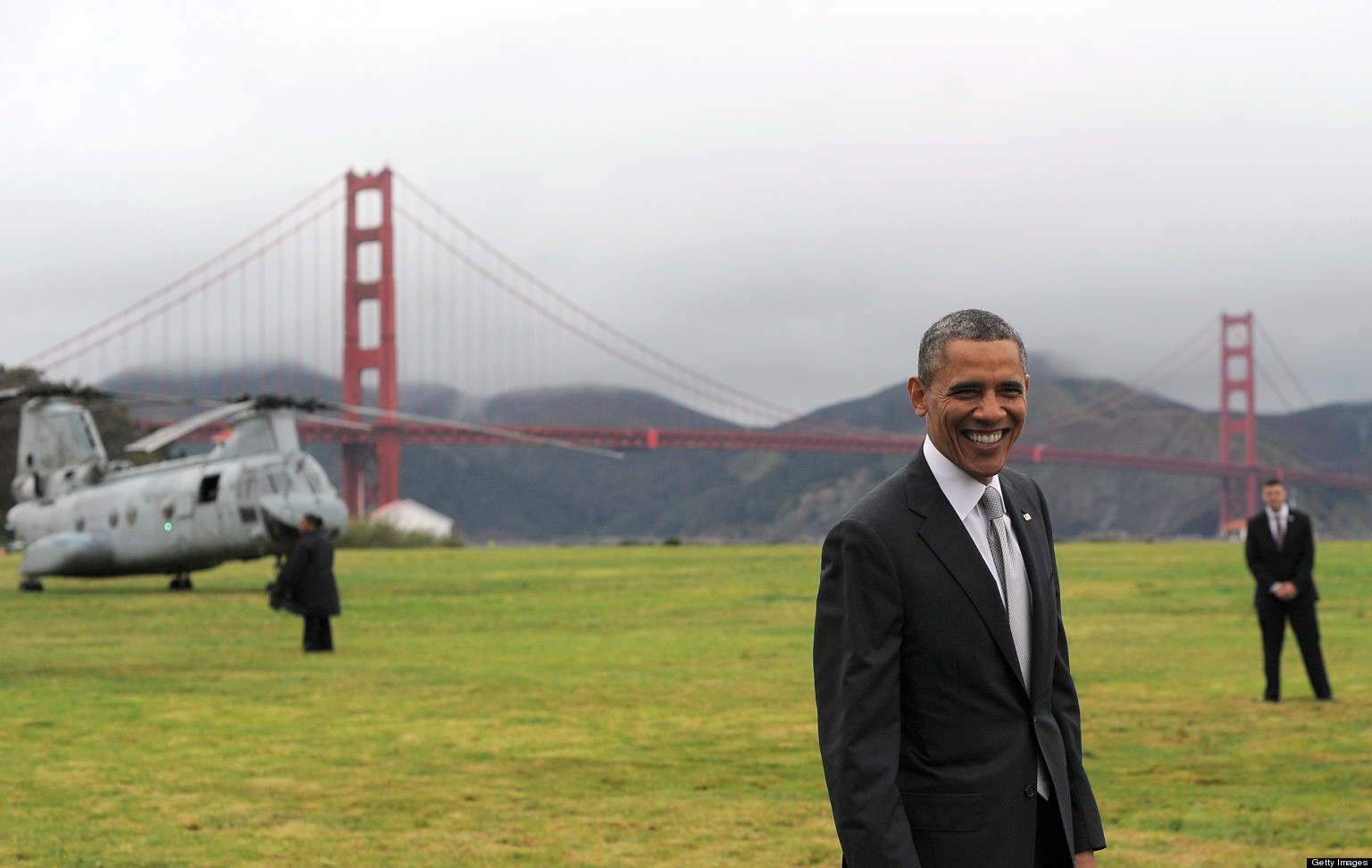 http://i.huffpost.com/gen/1073661/images/o-OBAMA-GOLDEN-GATE-BRIDGE-facebook.jpg