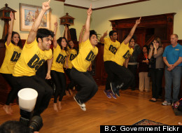 Bollywood Dancers Visit Kids' Care Home