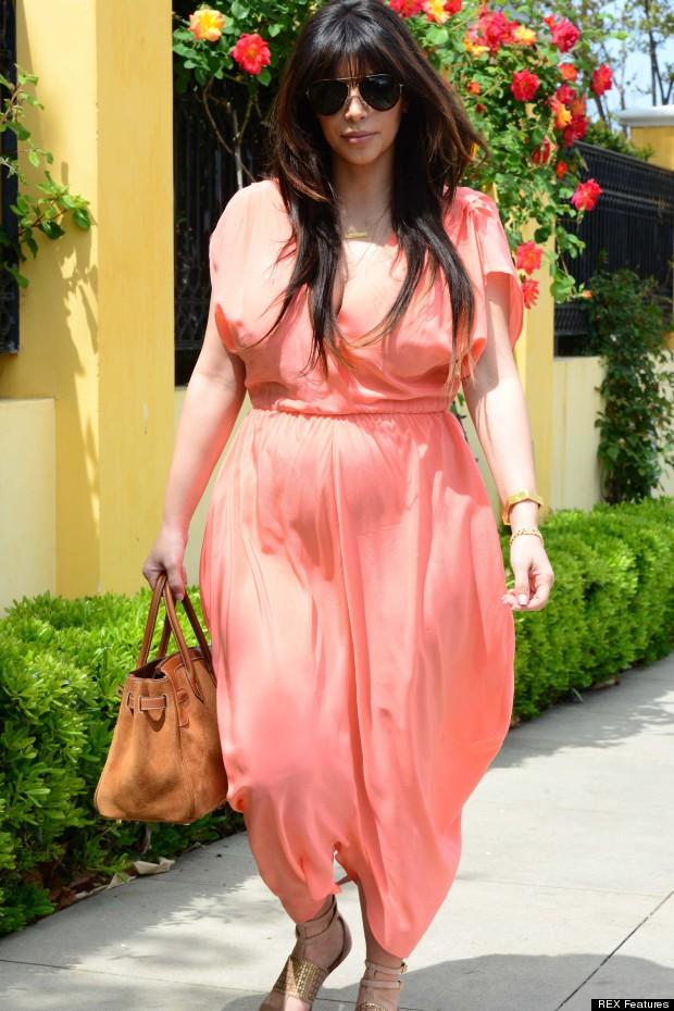Resultado de imagen para peach salmon outfit kim kardashian