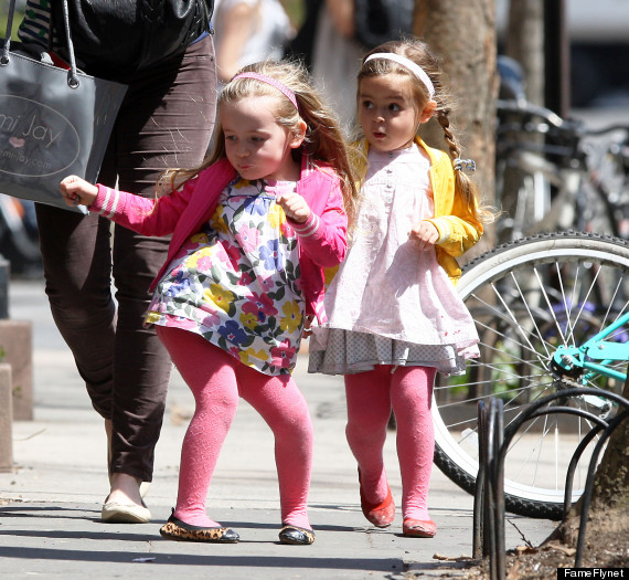 Better Politics >> Sarah Jessica Parker's Twins Bust A Move On The Streets Of New York City (PHOTOS)   HuffPost