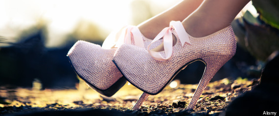 Shoes online. Lady shoe stores