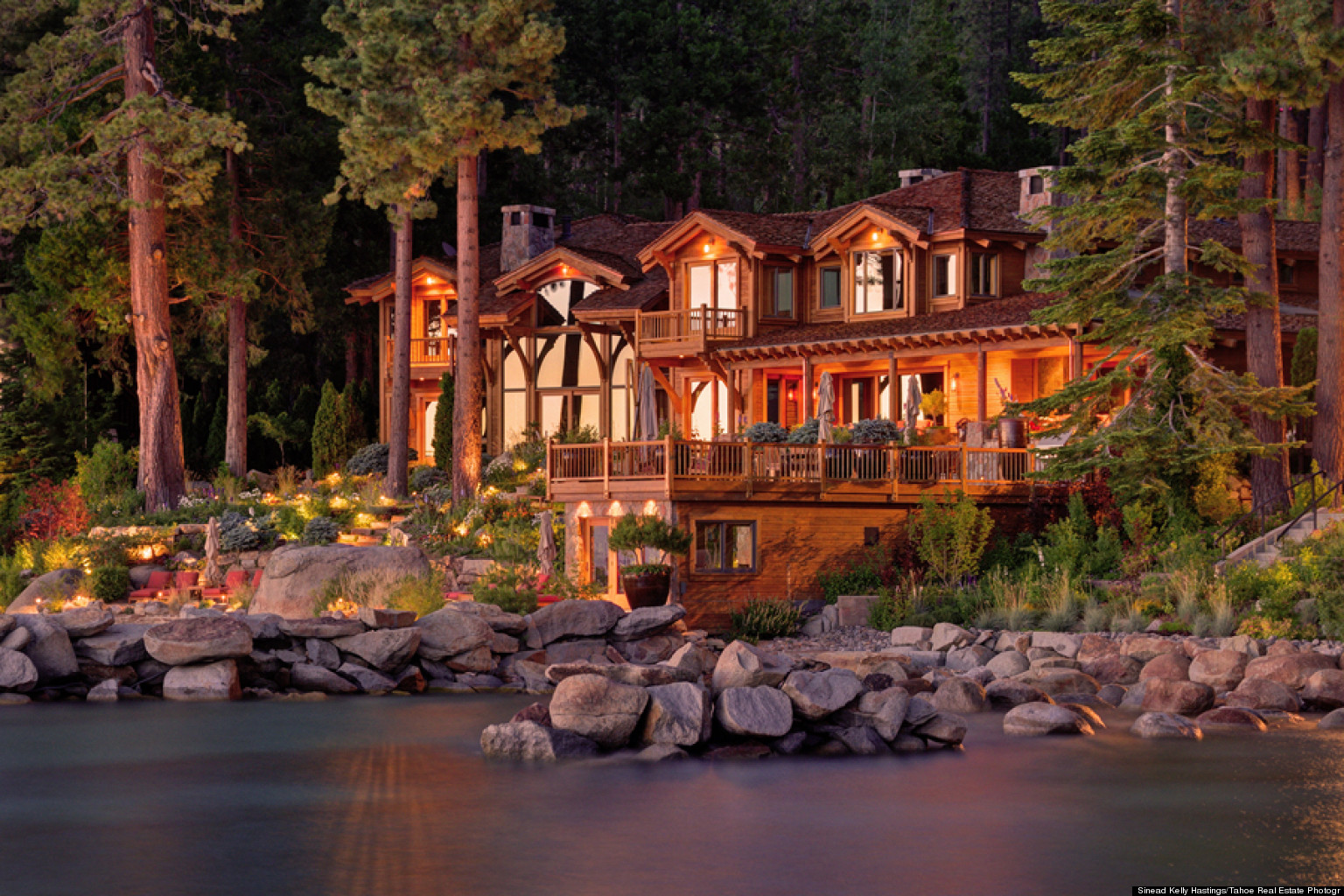 Larry ellison tahoe house oracle billionaire 39 s beautiful for Lake house property