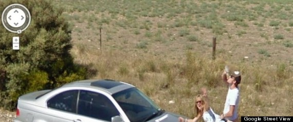 COUPLE SEX ON GOOGLE STREET VIEW