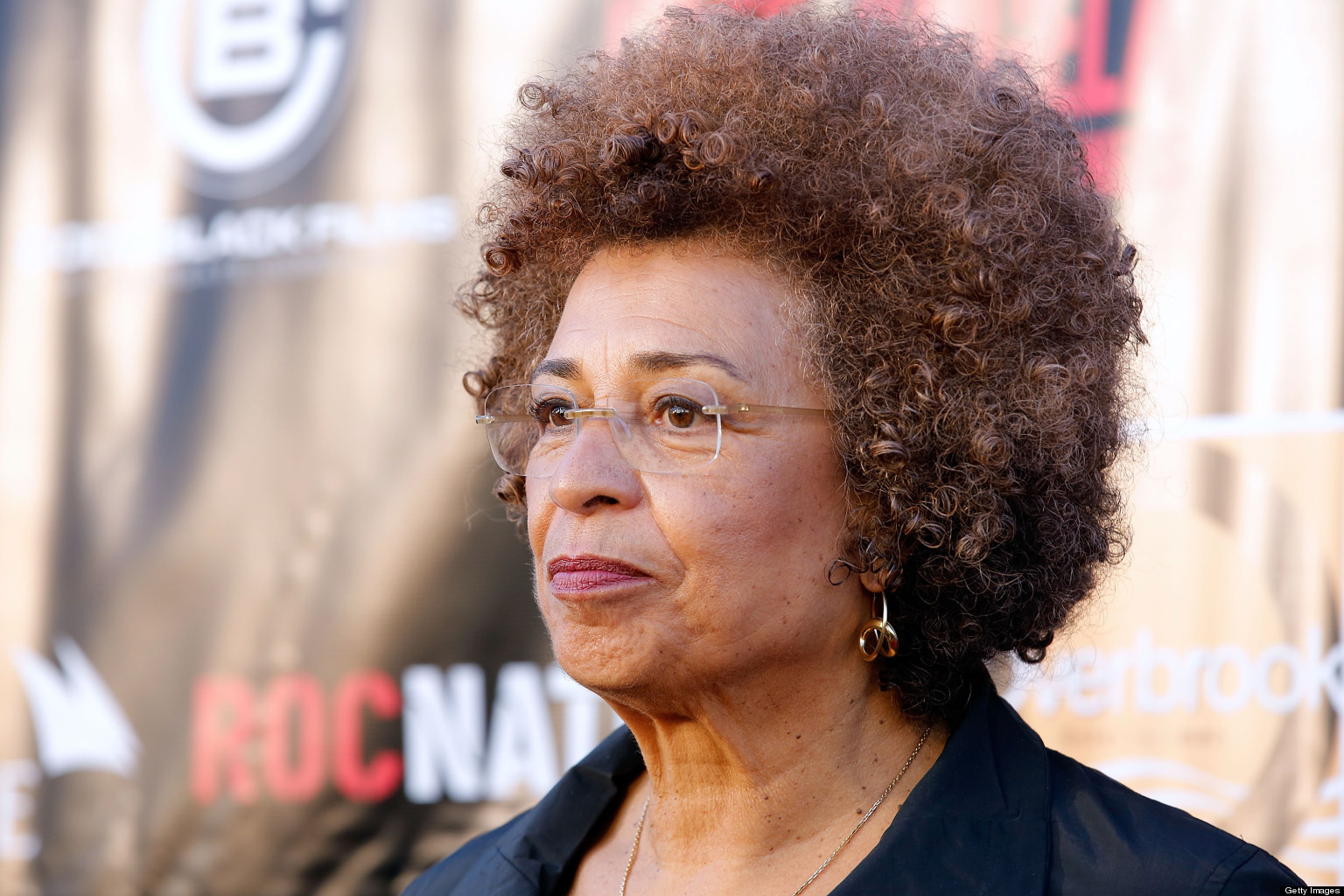 angela davis Angela davis facts: a scholar, activist, and professed communist, angela davis (born 1944) became a leading advocate of civil rights for blacks in the united states in august 1970 angela yvonne davis was catapulted into the national spotlight when s.
