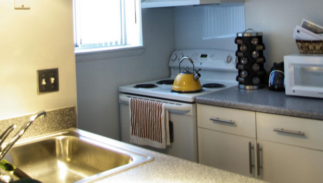 A valuable guide to kitchen remodeling costs for Cost of renovating a kitchen uk