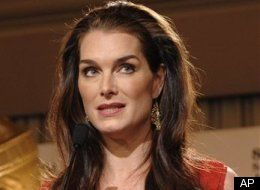 A nude portrait of Brooke Shields taken when she was 10 has been removed ...