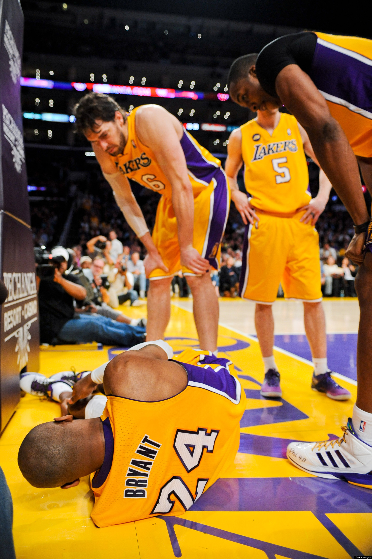 Kobe Bryant Torn Achilles Probable With MRI Scheduled To ... Kobe Bryant Injury