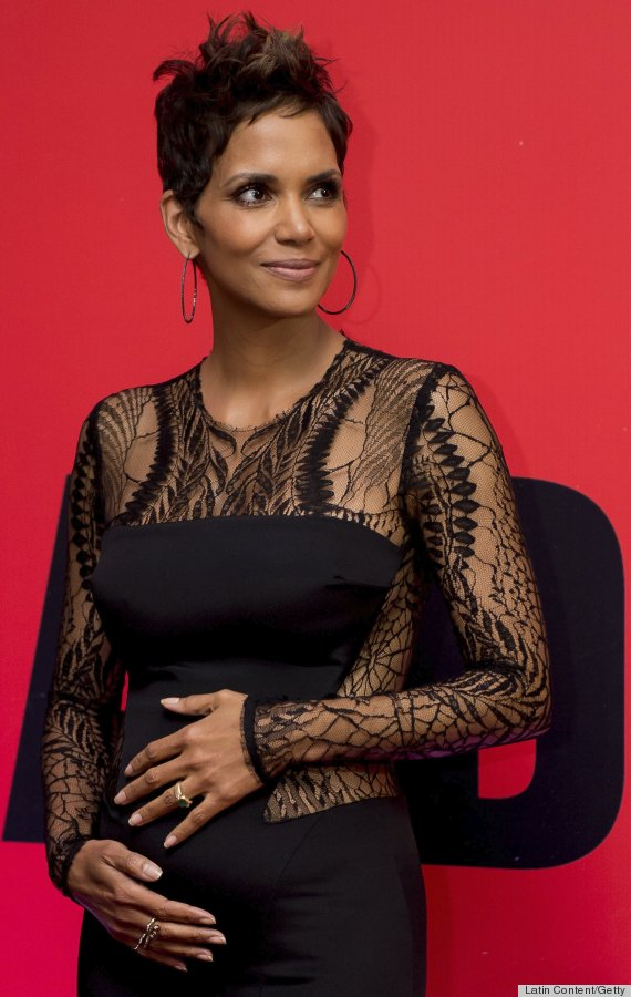 Pregnant Halle Berry Styles Baby Bump With Cutouts Photos -1165