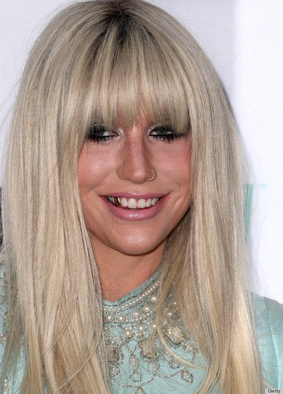 Ke$ha Looks Almost All-Natural With Minimal Styling, Makeup (PHOTOS