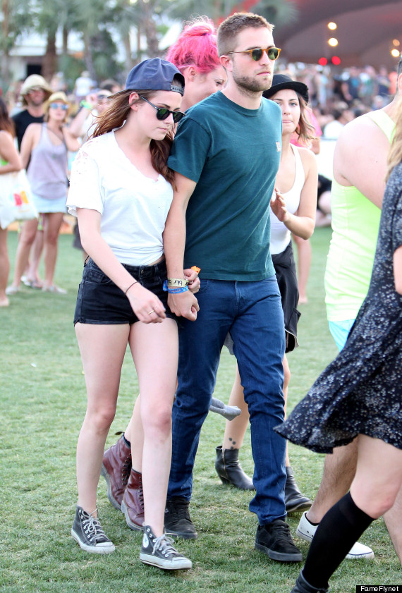 Kristen Stewart, Robert Pattinson Hold Hands At Coachella (PHOTO)