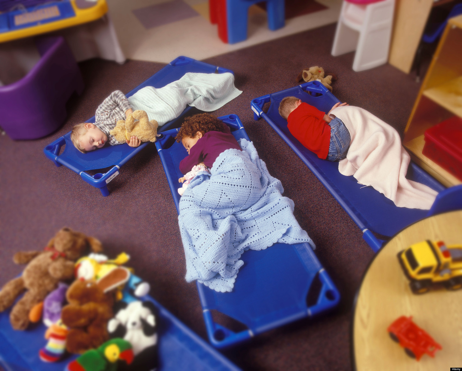 the impact of daycare on infants Child care effects have also been studied using large-scale national cohort  studies, including the national longitudinal study of children and.