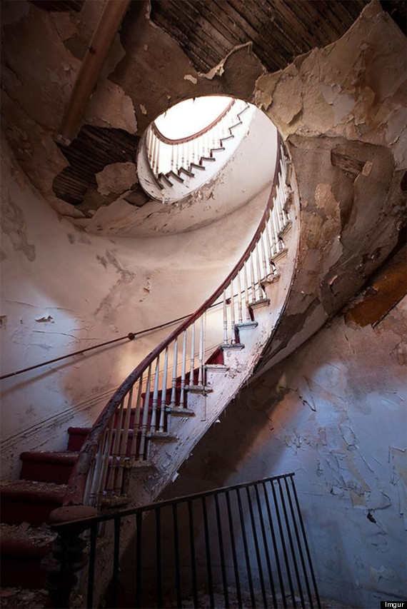 Abandoned Places: 20 Hauntingly Beautiful Images Of