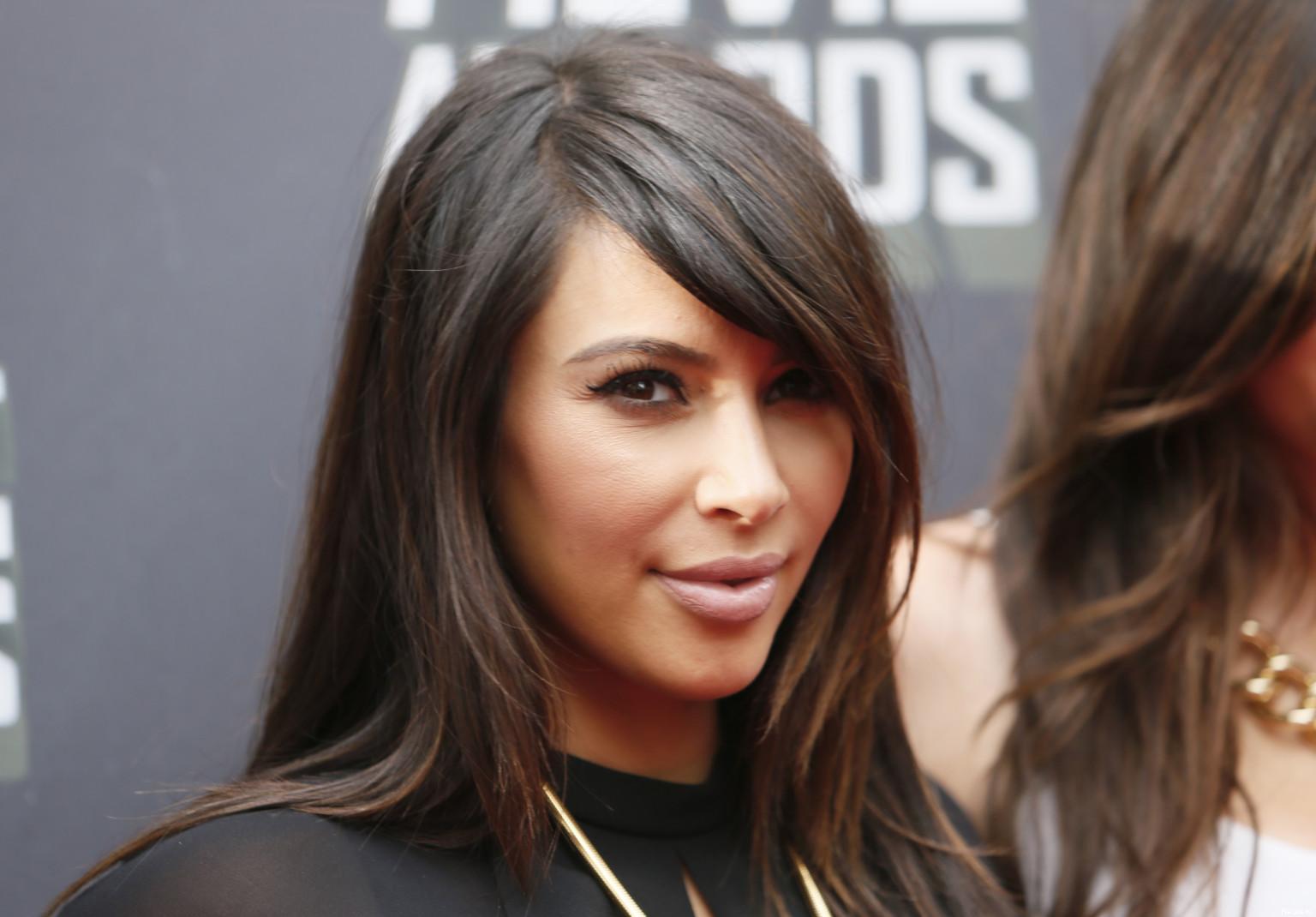 couleur cheveux kim kardashian #2