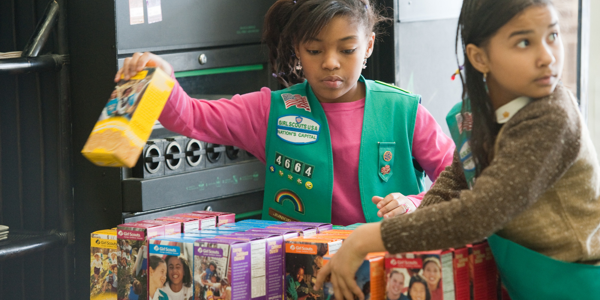 http://i.huffpost.com/gen/1089060/thumbs/o-GIRL-SCOUTS-COOKIES-facebook.jpg
