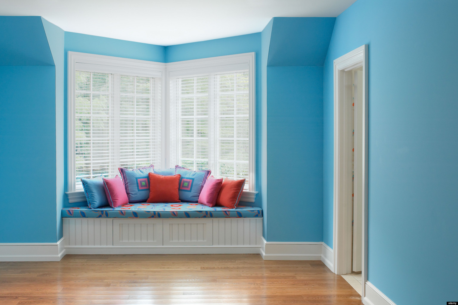 Calming Colors For Bedroom stress-reducing colors: calming hues to decorate your home with