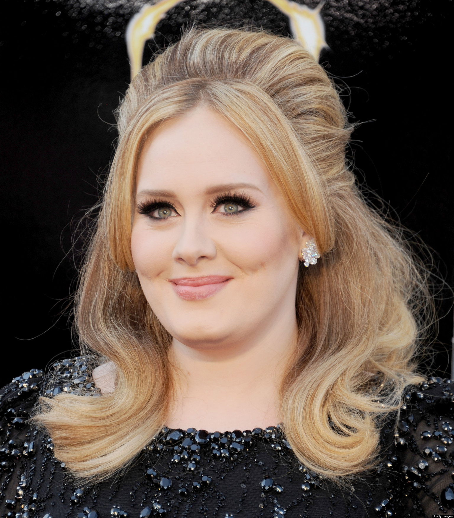 'Hello' from Adele's makeup artist, who filmed an eyeliner ...