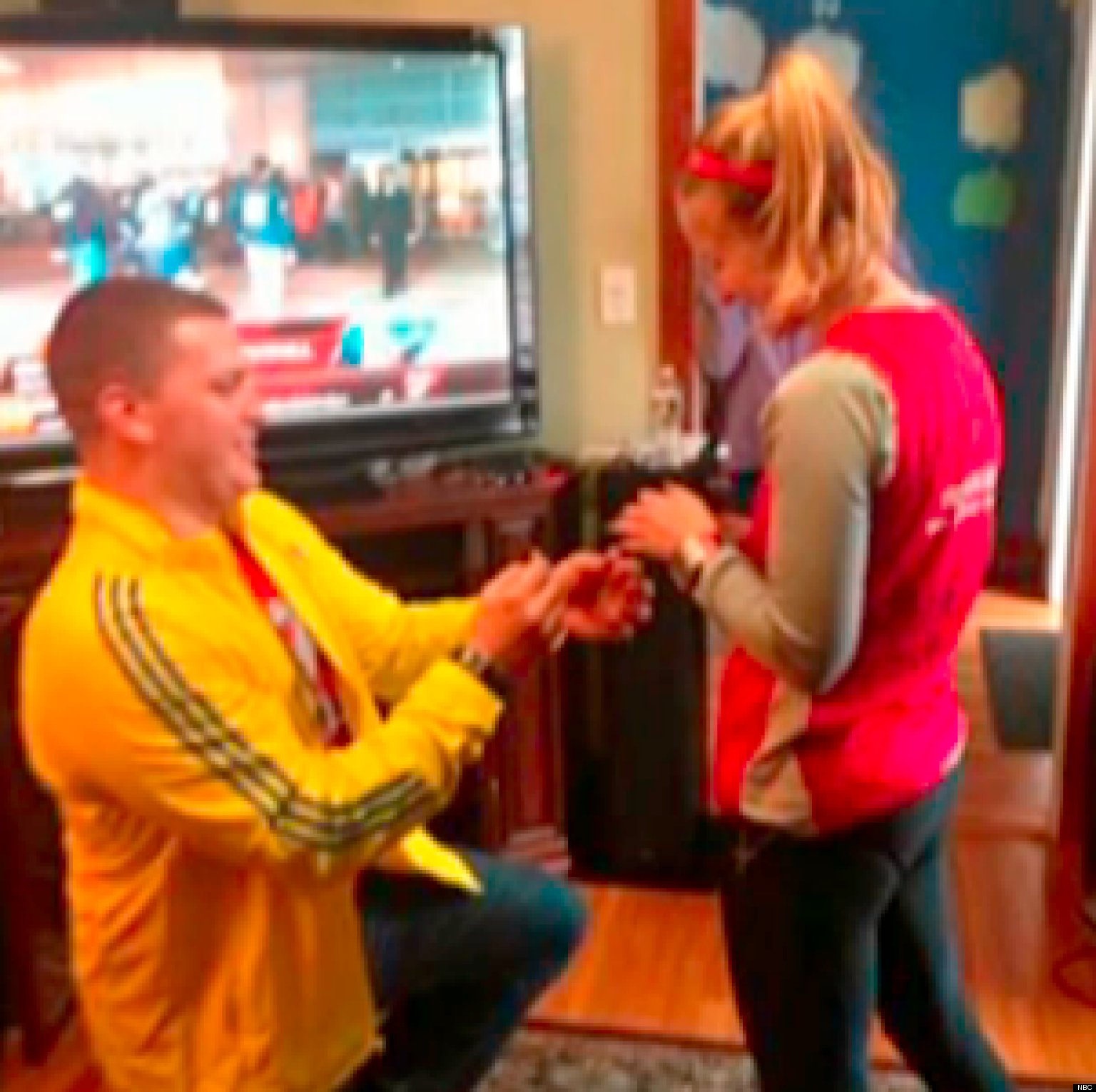 2 Men Propose After Marathon Attacks
