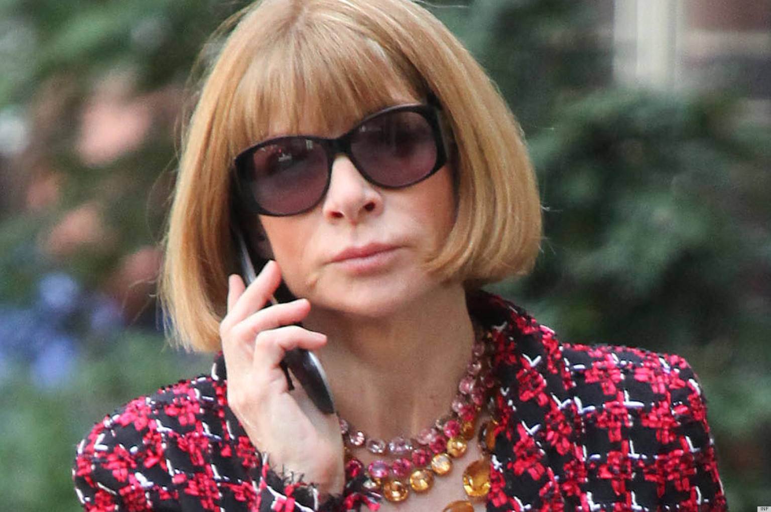 glasses shopping 72jd  Anna Wintour's Shopping Spree Proves She's Just Like Us Kind Of PHOTO   HuffPost