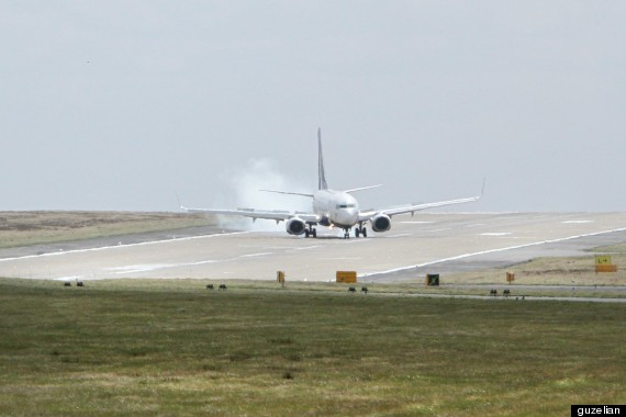 airplane smoke