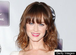 PHOTO: See Alexis Bledel's Stunning Engagement Ring