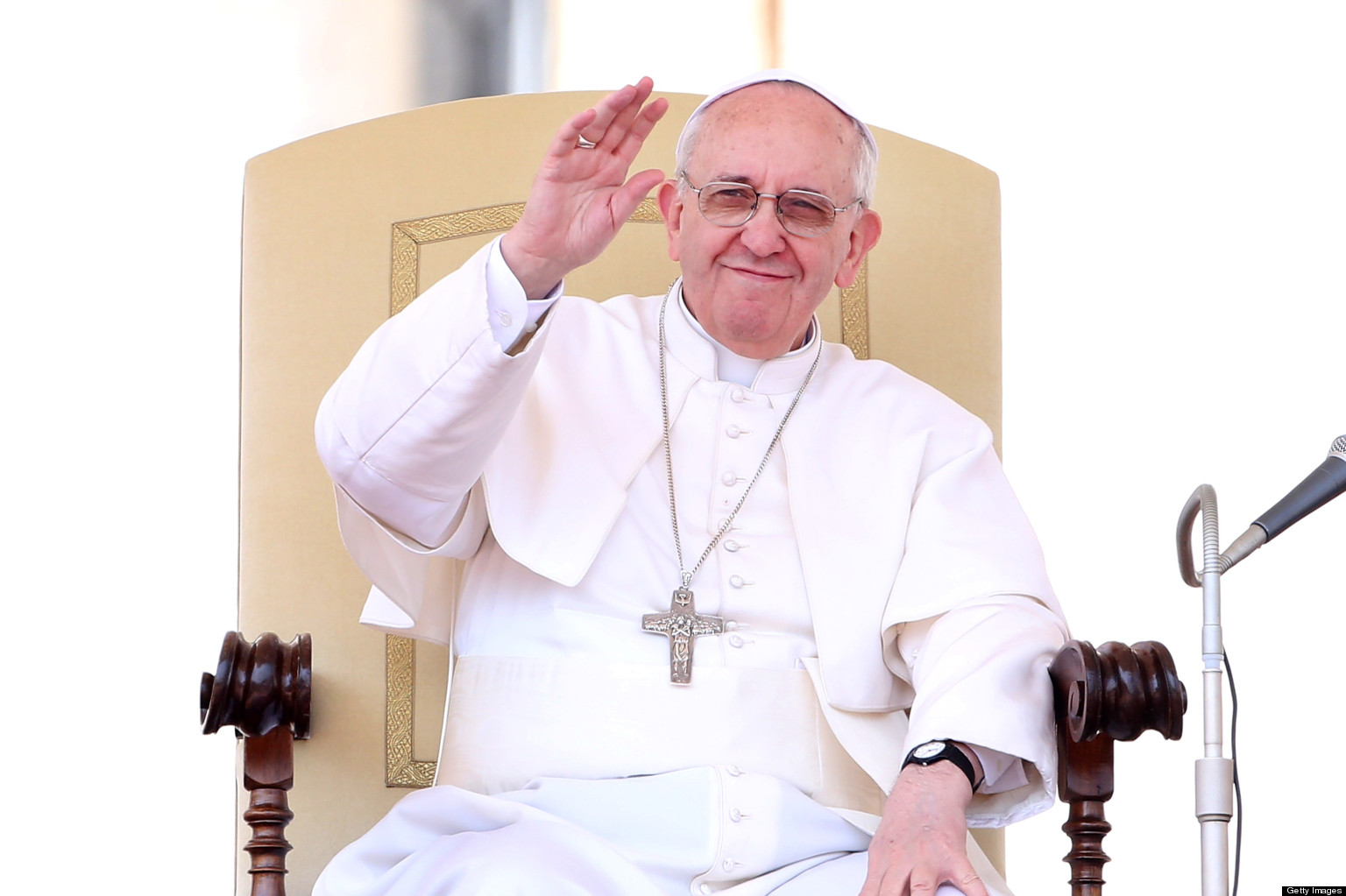 Pope Francis Nixes Bonuses For Vatican Employees