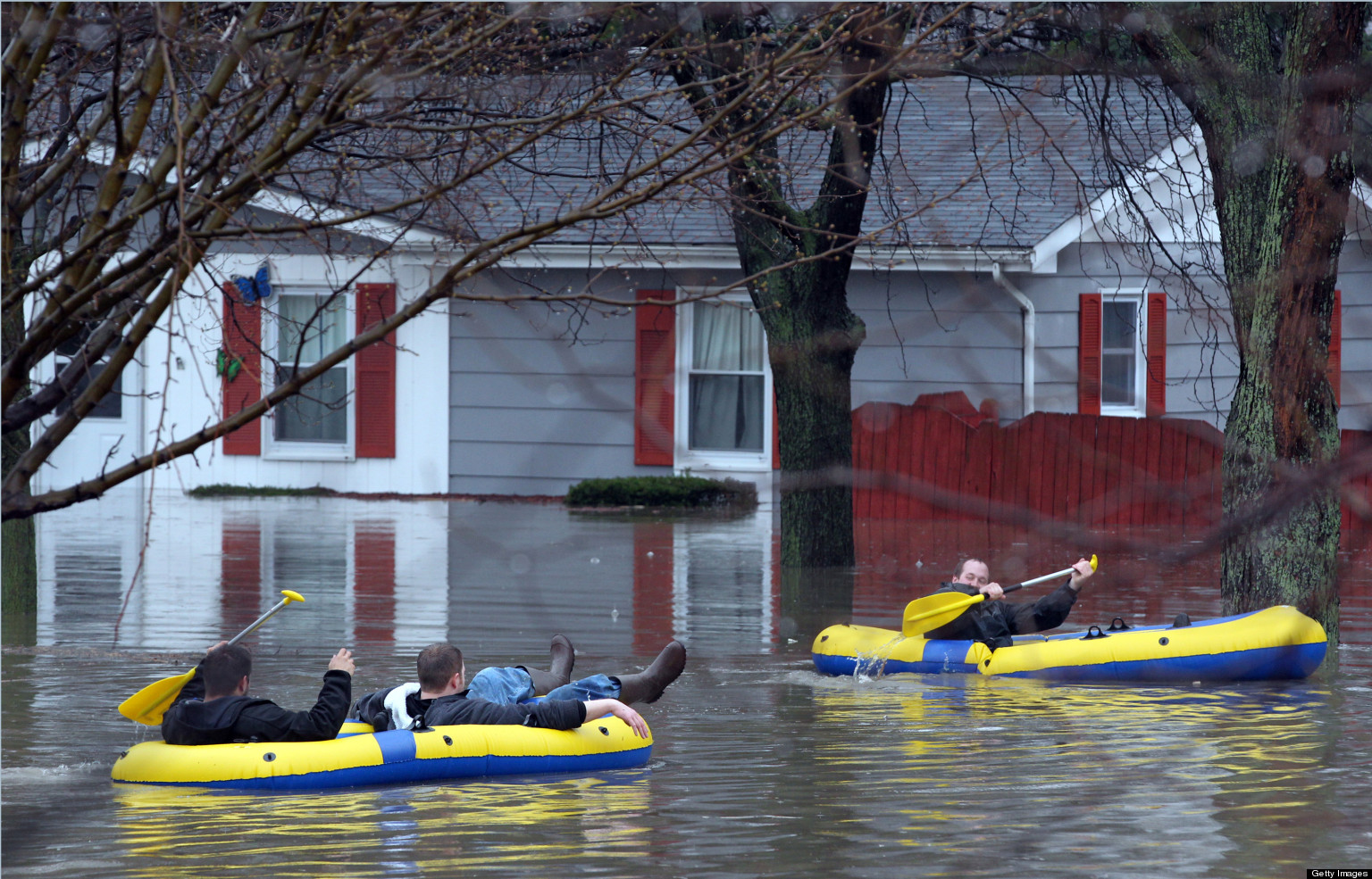 Chicago Flood 2013: Evacuations, Road Closures Continue Amid State Of ...