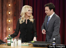 Sandra Lee Makes One Unappetizing Gin And Tonic