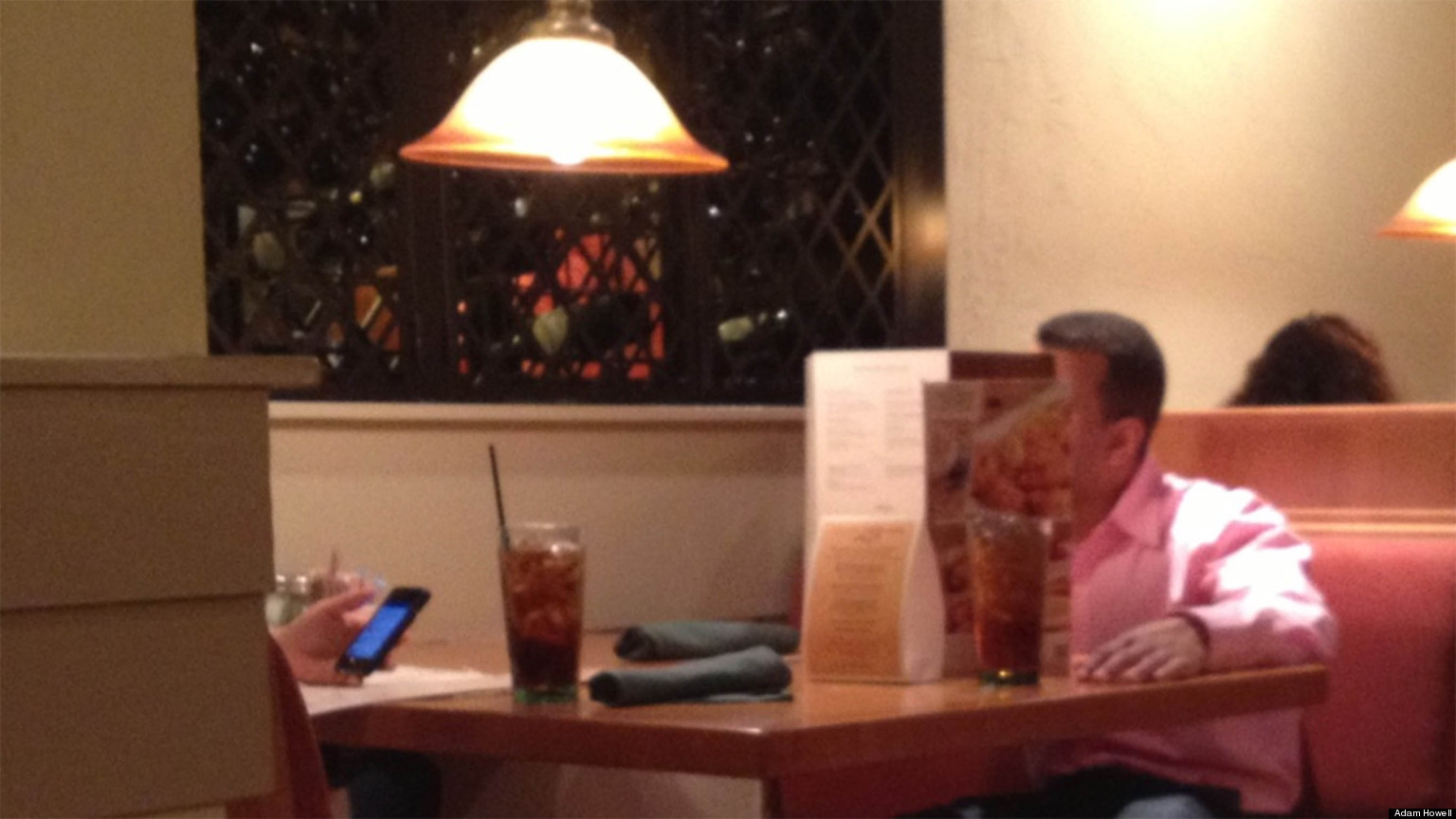 LOOK: This Is Possibly The Worst Dinner Date EVER
