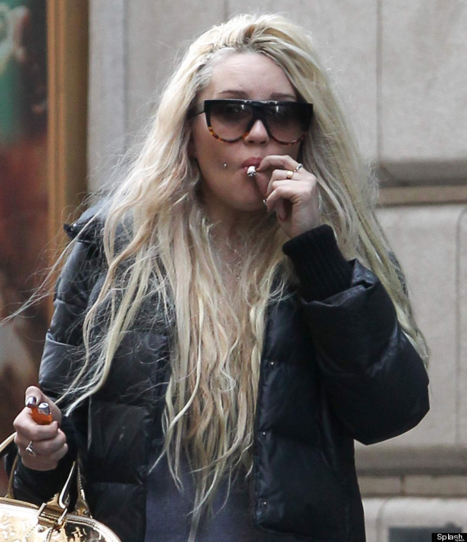 Amanda Bynes Kicked Out Of Gym For Smoking Weed