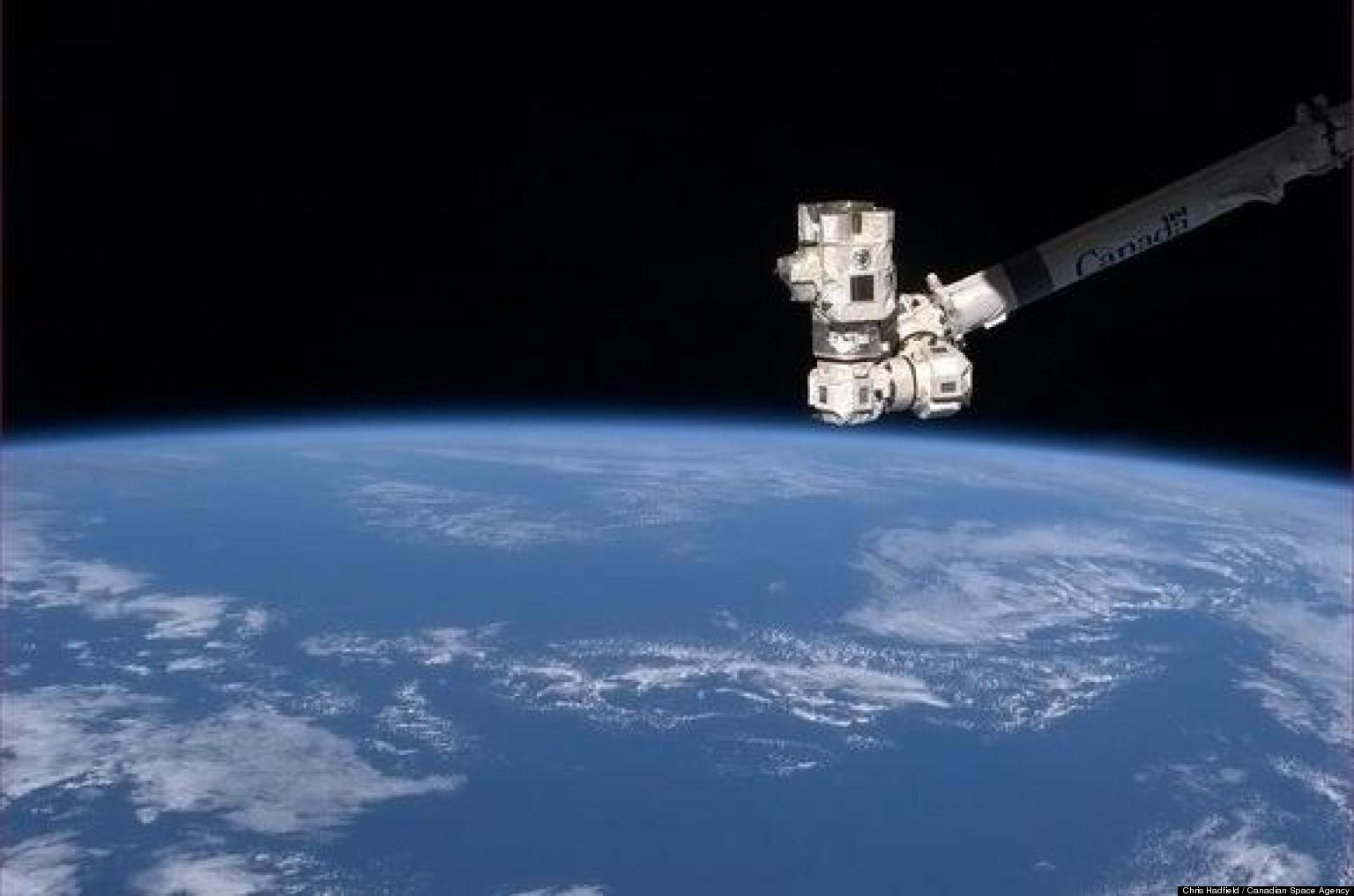 Earth Day In Space: Astronaut Chris Hadfield Marks Holiday ...
