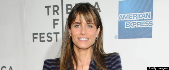 Amanda Peet worth